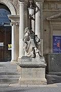 Statue of Moliere Avignon opera.jpg