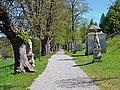 Statuen, Heiligenkreuz.jpg