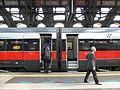 Stazione di Milano Centrale (10745336953).jpg