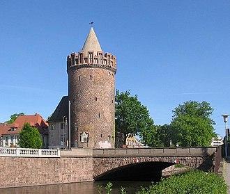 330px-Steintorturm2_Brandenburg_an_der_Havel.JPG