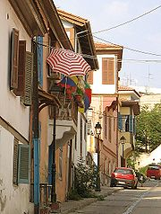 The winding Ottoman-period streets of Ano Poli.