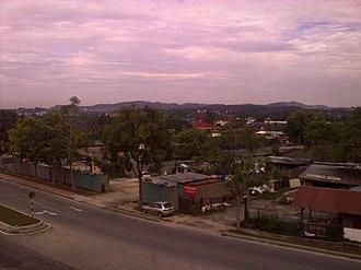 Subang, Selangor - Image: Subang, Mah Seng panoramio affnan