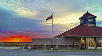Fallowfield station (Ontario) - Image: Sunset at Fallowfield Station