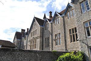 Sutton Valence School - Image: Svs lambes