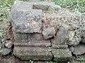 Tampak Samping Batu Yoni Sambeng Wetan, Kembaran, Banyumas.jpg