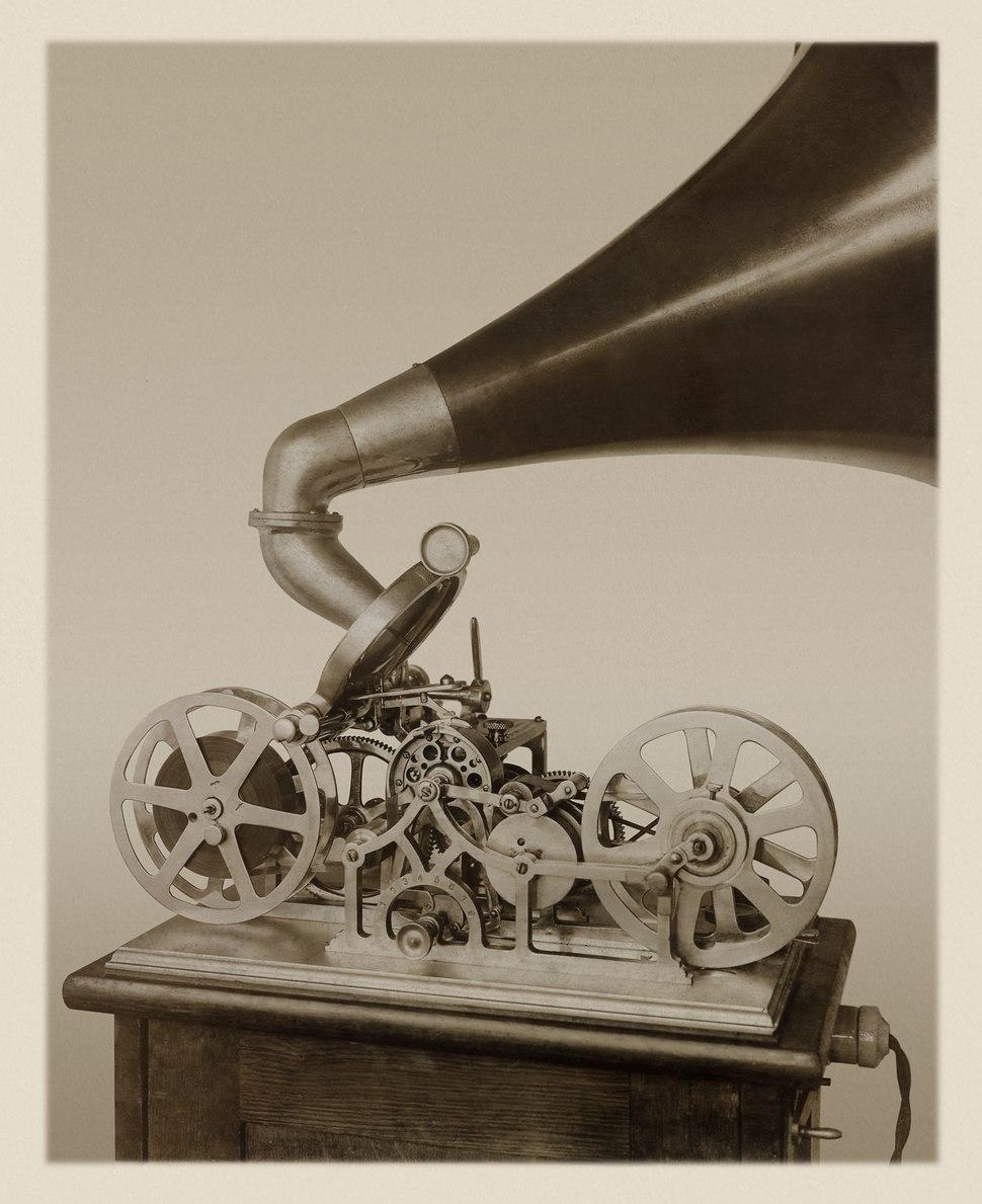 Tape Recorder 1909