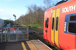 Templecombe - SWT 159009 departing to Exeter.JPG
