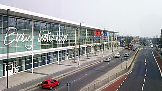Slough - Image: Tesco Extra slough, Wellington Street