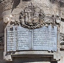Texto da estatua a Rosalía. A Ferradura. Santiago de Compostela. Galiza 2013.jpg