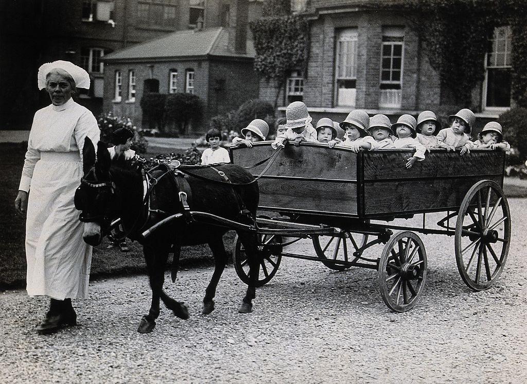 Crèche à Londres en 1925