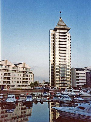 Chelsea Harbour - The Belvedere Tower and Marina