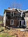 The Old Shelton Farmhouse, Speedwell, NC (46708893624).jpg