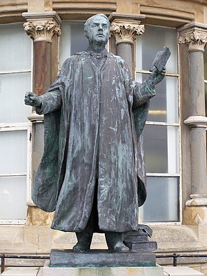 Thomas Charles Edwards - Sculpture by Goscombe John