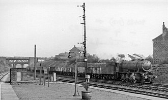 Thornhill railway station - Eastward from Thornhill Station in 1961