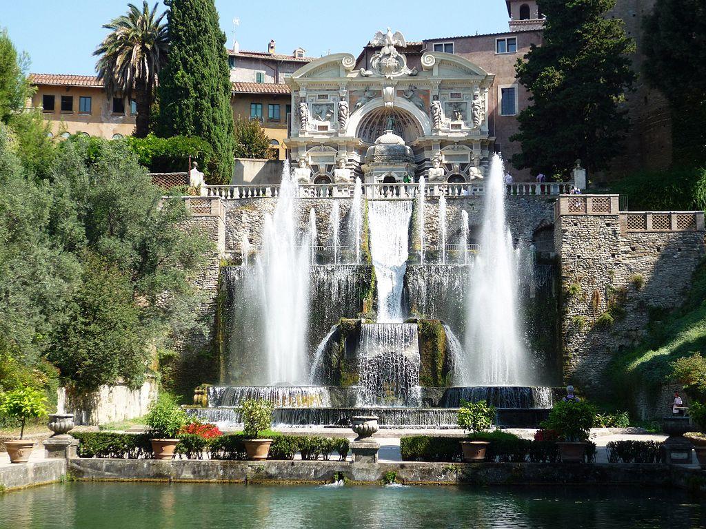Fontaine et jardin de la Villa d'Este à Tivoli près de Rome - Photo de Fczarnowski