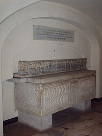 Tomb of Pius VI.jpg