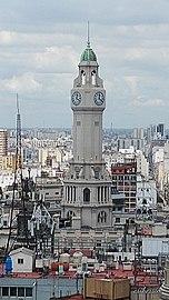 Torre de la Legislatura Porteña, vista desde el mirador de la Galería Güemes.jpg