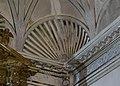 Trompa amb forma de venera, capella del a Comunió del convent del Carme, València.JPG