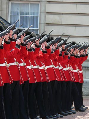 Feu de joie - Preparing to fire the feu de joie, for the 80th Birthday of Queen Elizabeth II, 17 June 2006