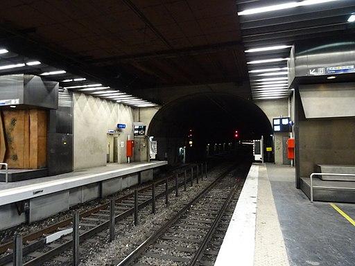Tunnel gare la Défense