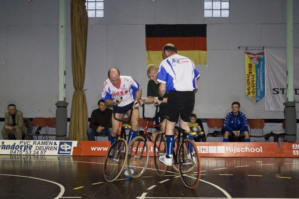 UCI Cycle Ball 2on1