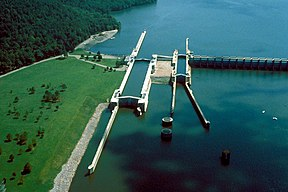 USACE Guntersville Lock and Dam.jpg