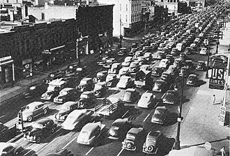 U.S. Route 25 in Michigan - A heavily congested US 25 along Gratiot Avenue in Detroit in 1941