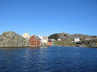 Norwegian coastline - Image: Utsira hamn 3
