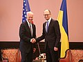 VP Biden meets PM Yatsenyuk in Kyiv, Ukraine, April 22, 2014 (13981695944).jpg