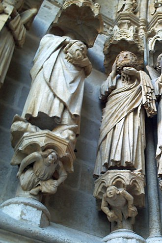 Victoricus, Fuscian, and Gentian - Saints Ache and Acheul, depicted on the northern portal of Amiens Cathedral as an example of cephalophores