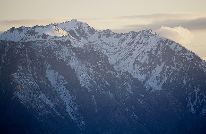 Montanhas na fronteira dos Estados Unidos com Canadá