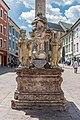 Villach Innenstadt Hauptplatz Dreifaltigkeitssäule Statuen 23042021 0845.jpg