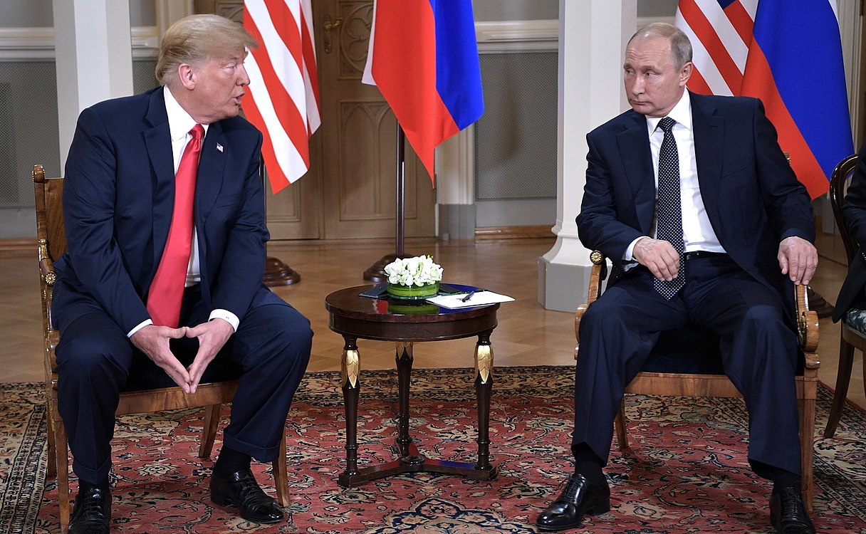 Vladimir Putin & Donald Trump in Helsinki, 16 July 2018 (2).jpg