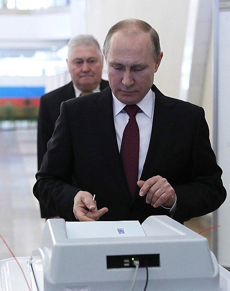 Vladimir Putin voted in the presidential election in Russia in 2018 08.jpg