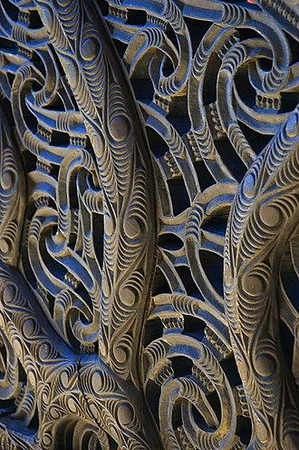 Tāwhaki - Carving from a Māori canoe.