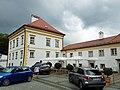Wallfahrtskirche Mariahilf (Passau) Nebenbauten.jpg
