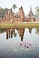 Wat Mahathat (11901763596).jpg