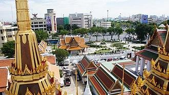 Wat Ratchanatdaram - Image: Wat Ratchanatdaram 02
