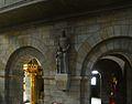 Werl, denkmalgeschützte Propsteikirche, hl. Antonius vor der Taufkapelle.JPG