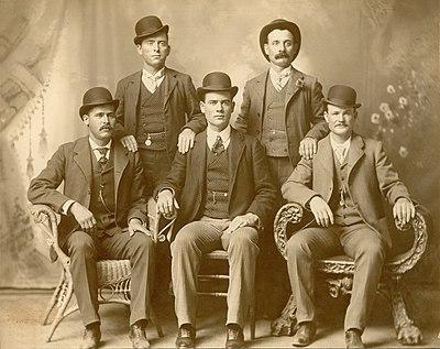 Bandoleros, bandidos, sheriff, indios, etc. - Página 3 400px-Wildbunchlarge