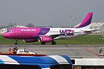Wizz Air, HA-LPU, Airbus A320-232 (26515826761).jpg