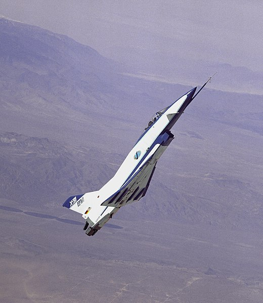 520px-X-31_at_High_Angle_of_Attack.jpg
