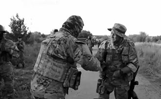 Right Sector - Yarosh (right) meets Donbas Battalion commander  Semen Semenchenko, 12 July 2014