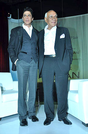 Yash Chopra - Image: Yash Chopra and Shahrukh Khan