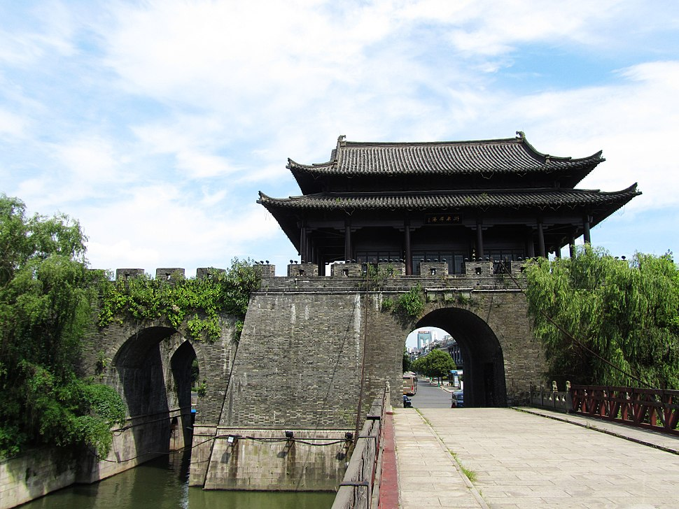 Ying%27en Gate in Shaoxing 04 2012-07