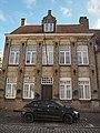 Zwarte Nonnenstraat 17 Hoekhuis dubbelhuis, classicistische architectuur.jpg
