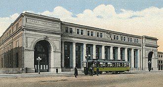 Minneapolis Great Northern Depot - Minneapolis Great Northern Depot shortly after its opening in 1913