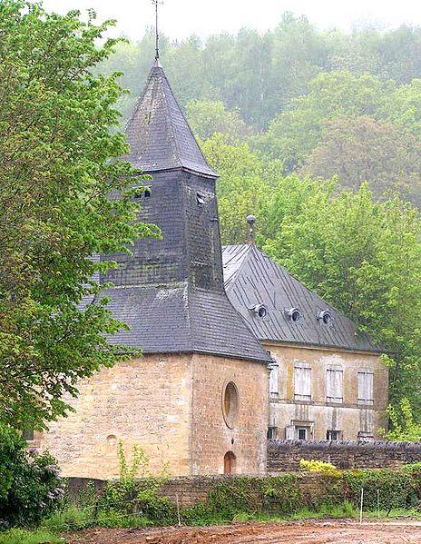 Étrépigny, église20050515.jpg