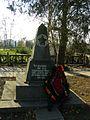 Бердичів, Братська могила жертв фашизму (поховано 960 чоловік), Вул. Молодогвардійська, у дворі старої фортеці.jpg