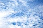 Десантники-резервісти здійснили понад 600 стрибків з парашутом (30014710752).jpg